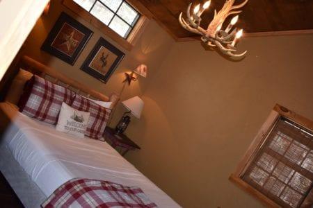 Bear Creek Bed and Breakfast Cabin Lodge